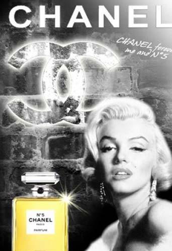 chanel n 5 de marilyn monroe brad pitt un parfum qui passe de star en star. Black Bedroom Furniture Sets. Home Design Ideas