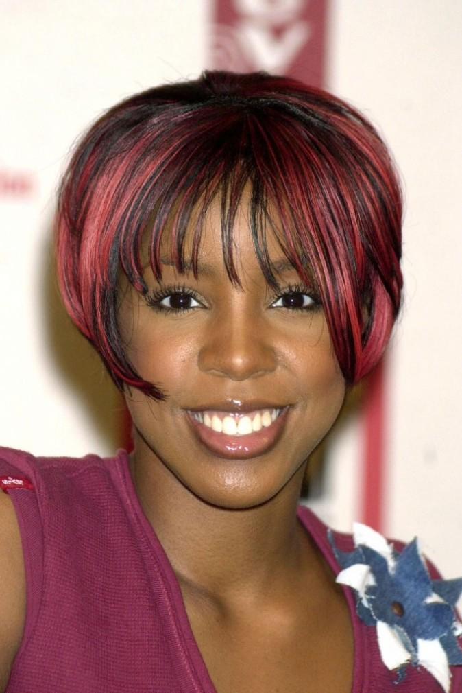 2001 : Kelly Rowland et ses mèches rouges à l'époque des Destiny's Child