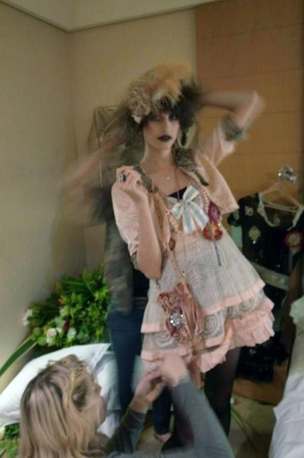 Never The Bride par Courtney Love