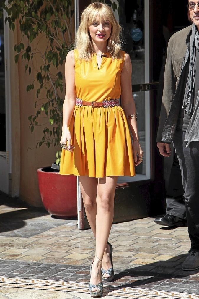 Nicole Richie : toute de jaune vêtue !