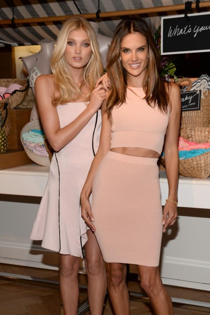 Elsa Hosk et Alessandra Ambrosio font la promotion de la gamme lingerie de chez Victoria's Secret