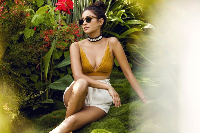Shay Mitchell : glamour et sexy pour sa collab' avec BaubleBar