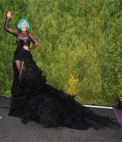Lady Gaga lors des CFDA Fashion Awards