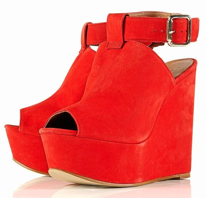 Les sandales compensées Topshop à 77€ !