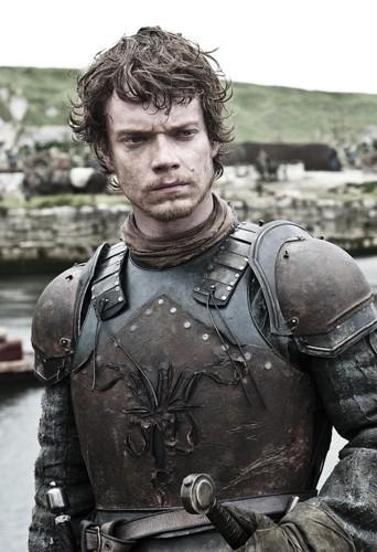 Alfie Allen alias Theon Greyjoy !