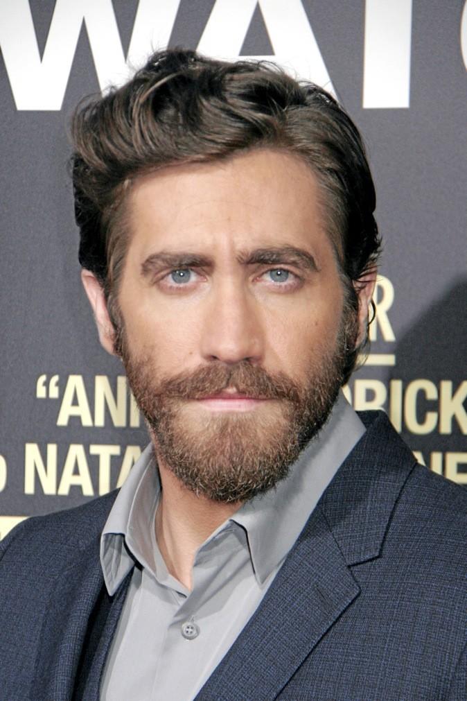E : Jake Gyllenhaal