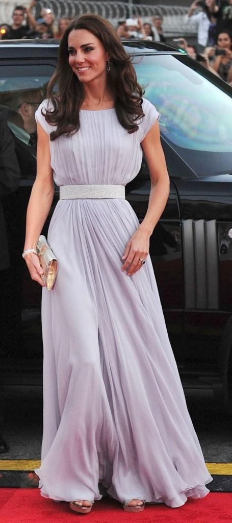 Kate Middleton, radieuse vêtue d'une robe longue Alexander McQueen !