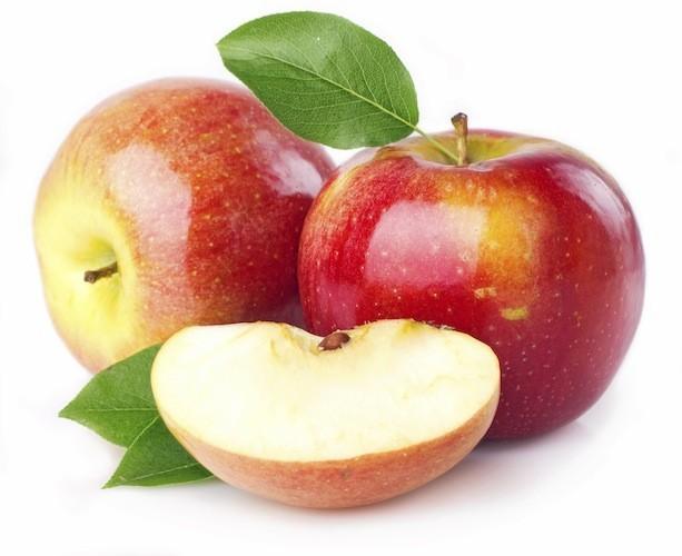 Une demi-pomme