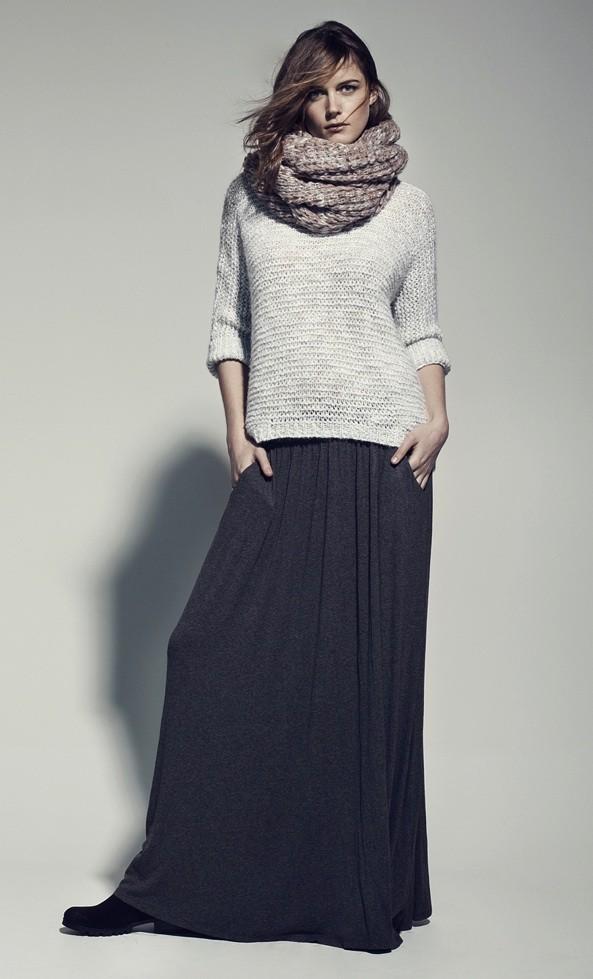 Mode leigh lezark pose pour stradivarius hiver 2012 for Bureau en gros near me