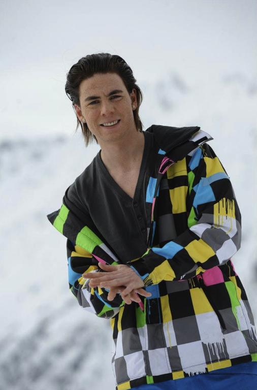 Guillaume dans Les Ch'tis font du ski