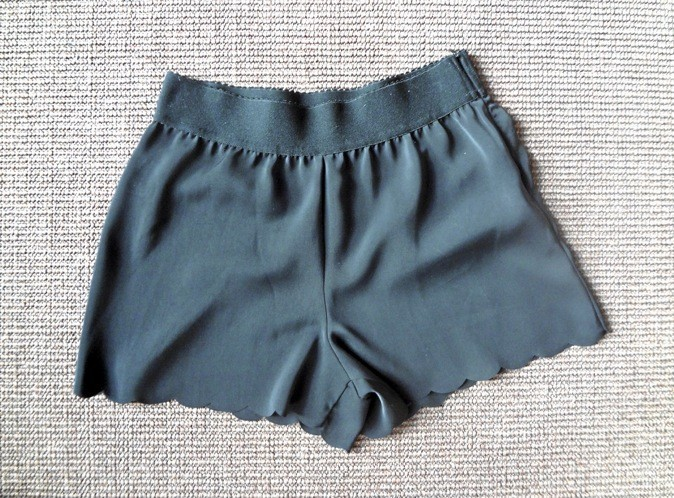 Short à bords crantés ronds Axara 65 €