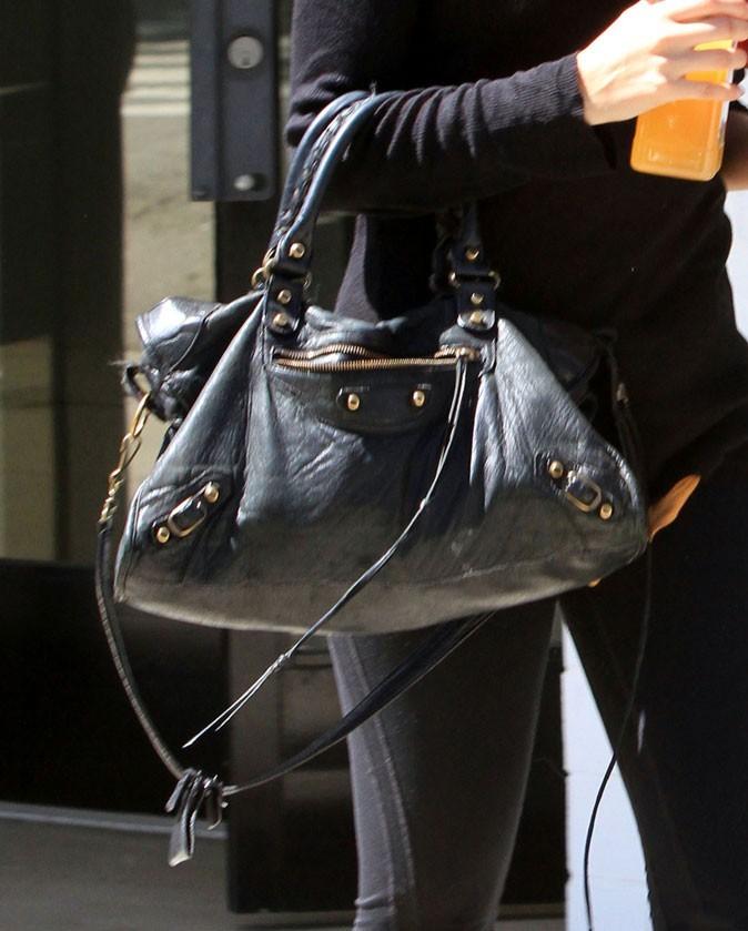 Look de star : le sac à main Balenciaga de Nicole Richie pour faire du sport