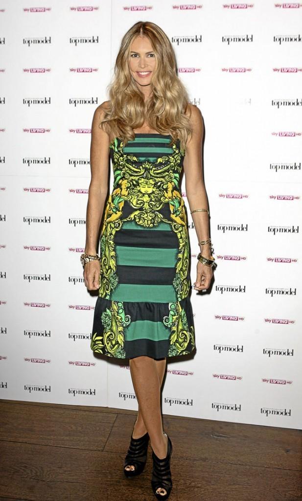 La robe tropicale d'Elle Macpherson