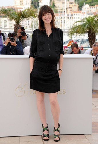 looks de charlotte gainsbourg   d u00e9couvrez son cv fashion