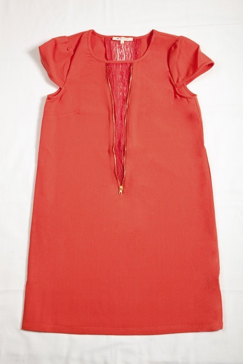 Robe bimatière corail, Clo&Se by Monshowroom. 49 euros