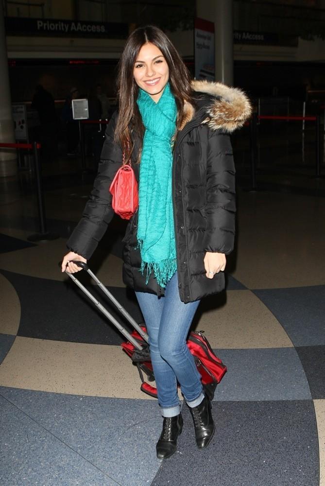 Victoria Justice, stylée même en hiver !