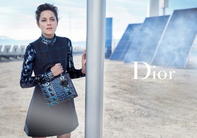Marion Cotillard, la Lady Dior futuriste