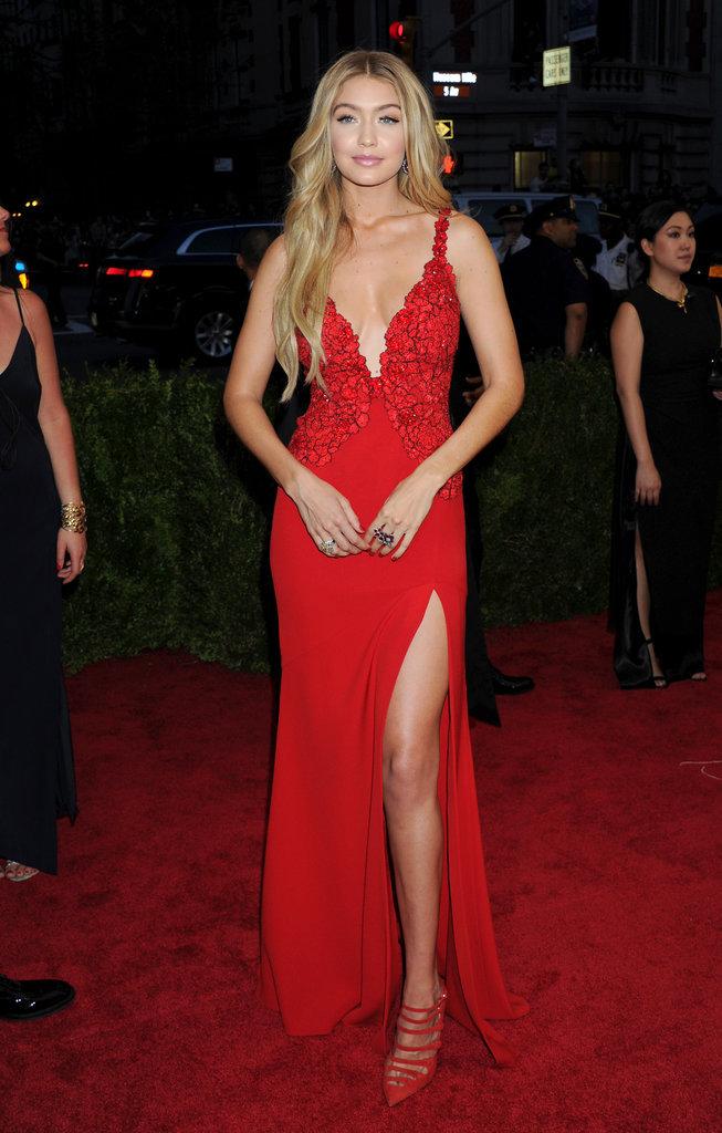 Gigi Hadid lors du Met Gala 2015