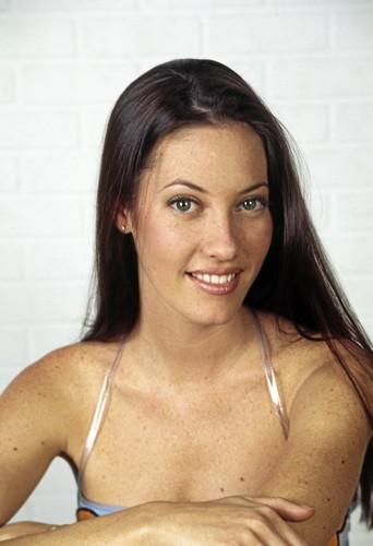 Mareva Galanter en 1999