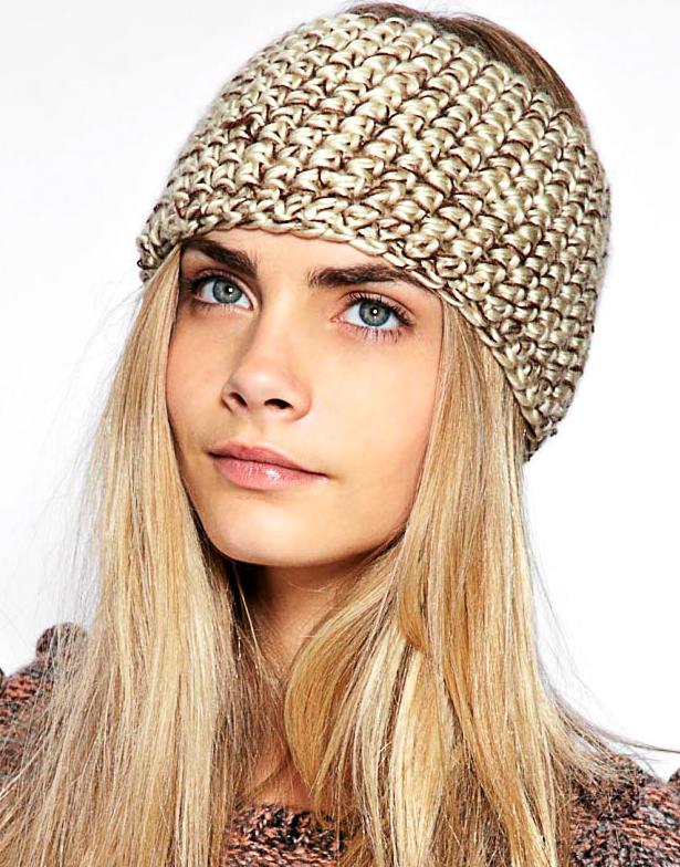 Cara Delevingne et son headband