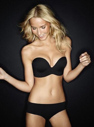 Un corps parfait, un joli sourire...