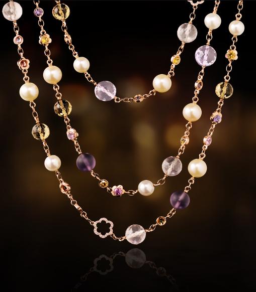 Le collier Chanel assorti !