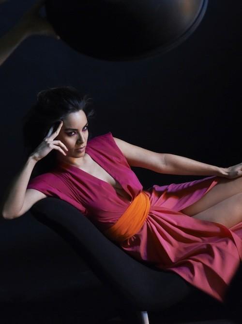Mode : Bérénice Marlohe et Karl Lagerfeld en parfaite harmonie pour Eres