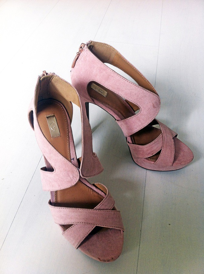 Sandales roses, Stradivarius, 45,95€