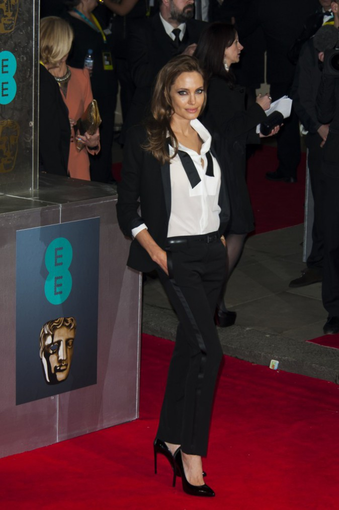 Angelina Jolie en Saint Laurent