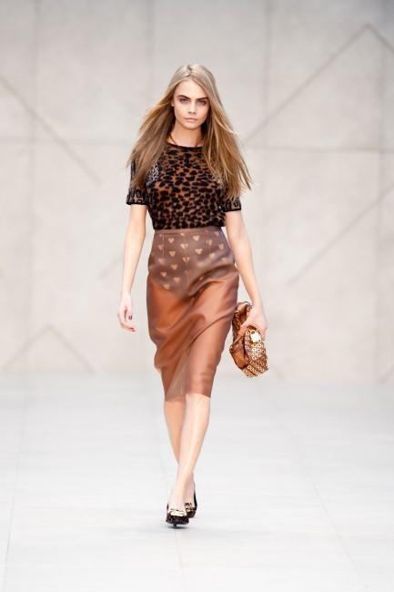 """Cara Delevingne : """"L'industrie de la mode est la plus folle de toutes"""""""