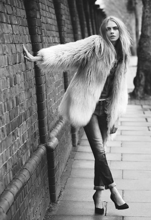 Mode : Cara Delevingne : toujours en très bonne compagnie, elle crève l'écran pour Pepe Jeans !