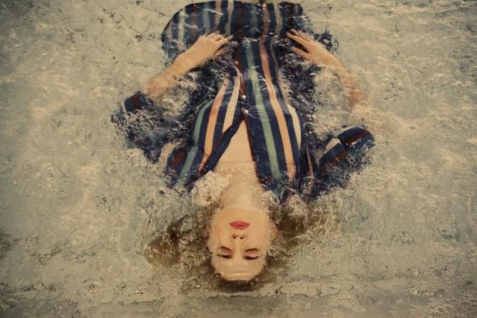 Cécile Cassel pour la collection printemps-été 2012 de Thomsen