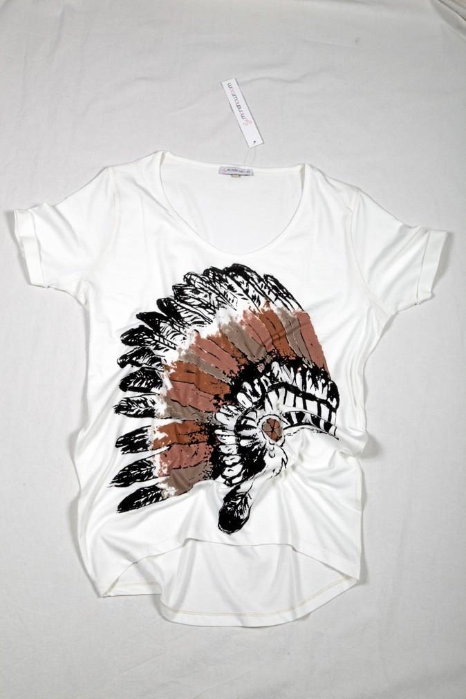 T-shirt ample Azimut avec imprimé coiffe d'Indien en jersey de coton, By MonShowroom. Disponible sur monshowroom.com 23 €