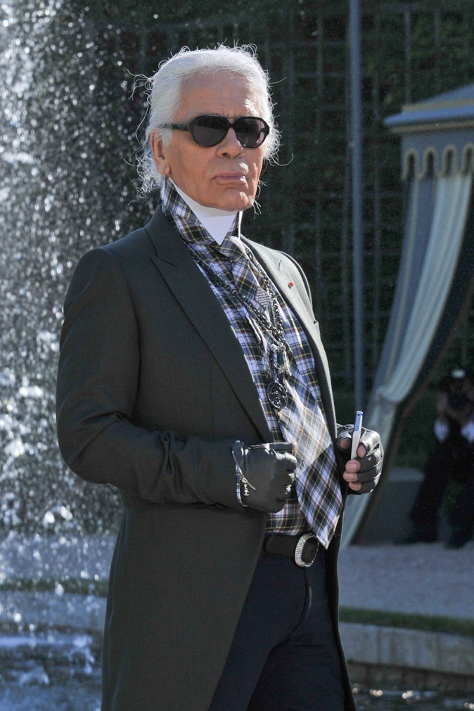 Karl Lagerfeld au défilé Chanel Croisière 2013