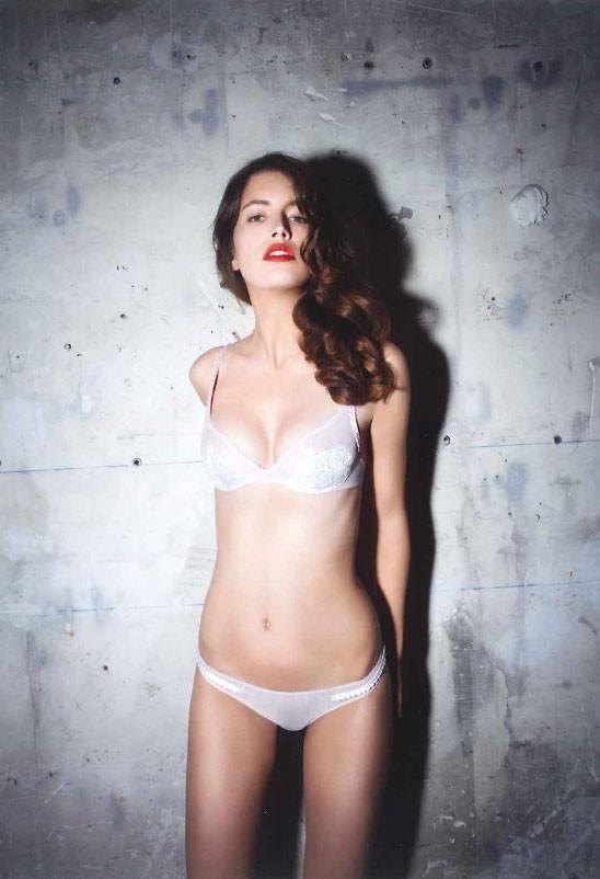 Mode : Christian Lacroix s'associe à Lejaby pour une collection de lingerie (ligne Paseo sur la photo) !