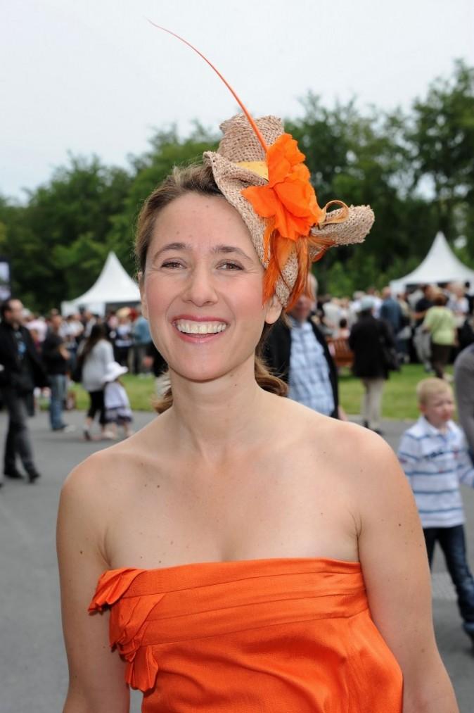Alexia Laroche-Joubert très ... orange au Prix de Diane Longines !