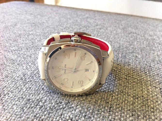 Montre Malton 160 Cushion, Marvin 510 €