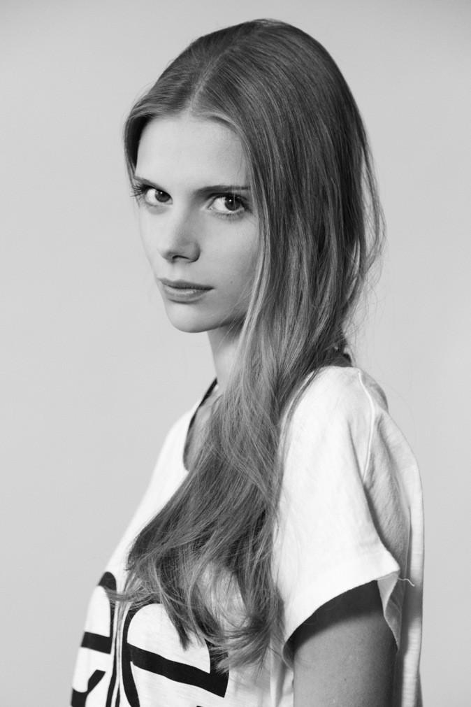 Célia G. / 20 ans / 1m75 / Originaire de Chamalières (63) / Sélectionnée lors du casting organisé dans le C.C. La Part-Dieu à Lyon