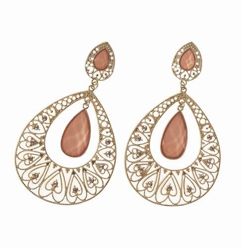 Boucles d'oreilles, pierres en fi ligrane, Claire's. 6,95 €.