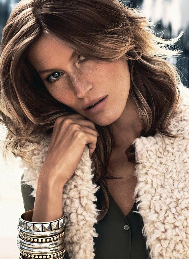 Mode : Gisele Bundchen n'a besoin d'aucun artifice et s'affiche naturellement séduisante pour H&M !