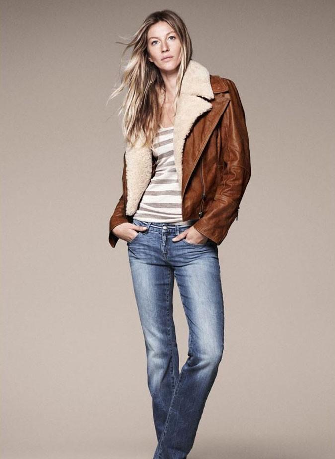 Top à rayures, jean légèrement used, corps de rêve, cheveux dorés et teint frais... On veut toutes être casual comme Gisele !