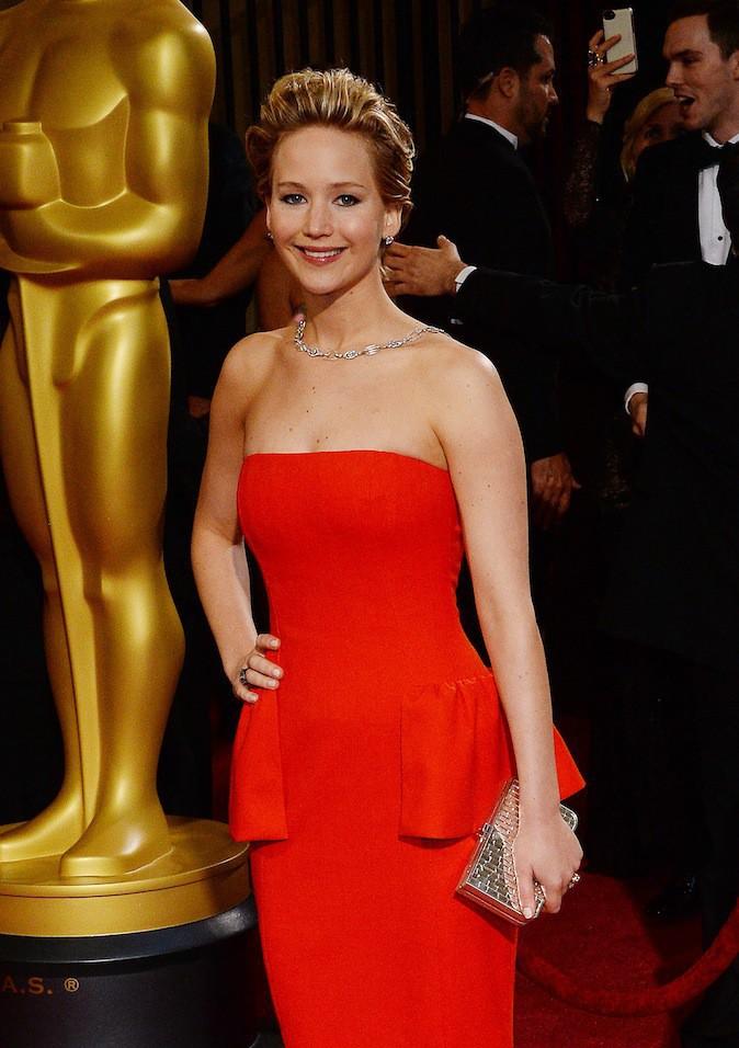 En numéro 6 : Jennifer Lawrence et son look à 3,58 millions de $