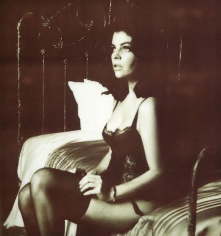 Julia Restoin-Roitfeld lance sa ligne de lingerie !