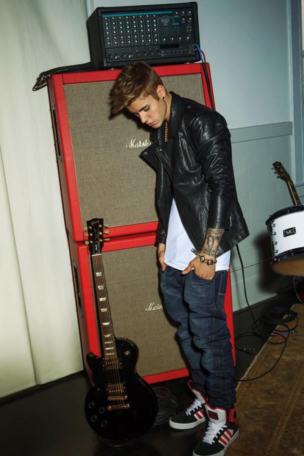 Justin Bieber pour la campagne automne-hiver de ligne NEO d'Adidas