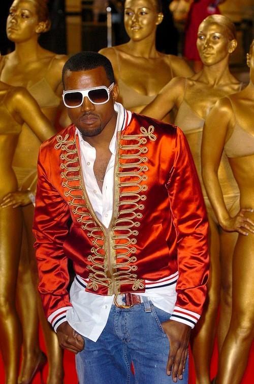 Kanye West : Le rappeur regrette ses anciens looks au point d'avoir des envies de suicide !