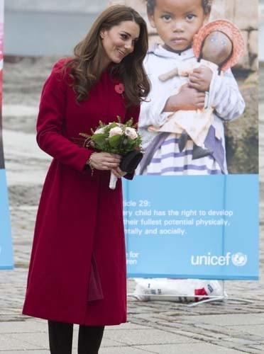 Kate Middleton adopte la tendance bordeaux de cet hiver