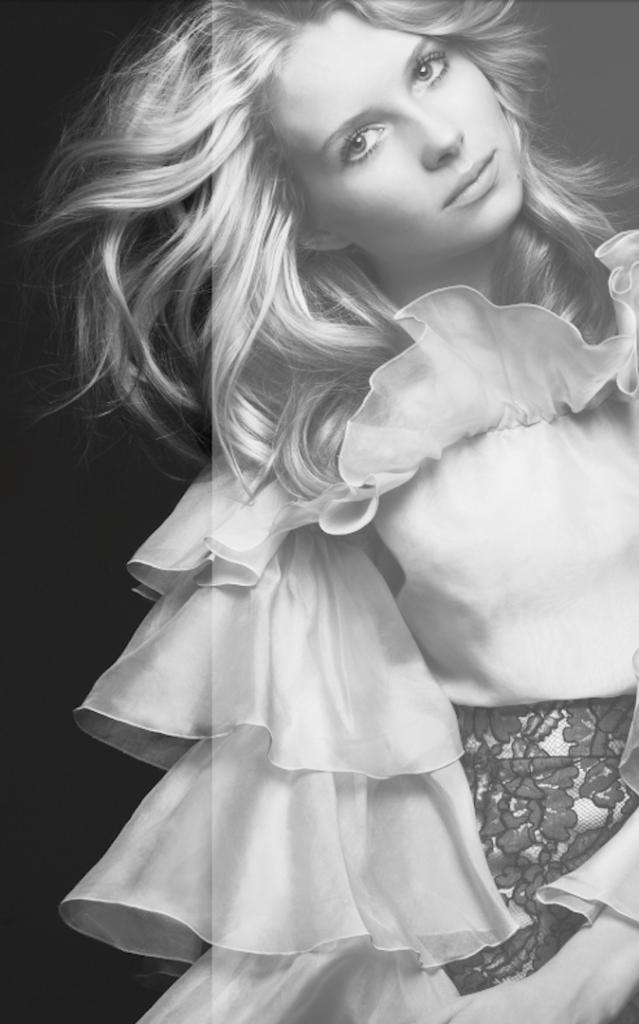 Lottie Moss, la petite de Kate Moss vient de signer dans une agence de mannequins !