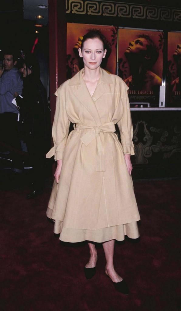 """Tilda Swinton à l'avant-première de """"La Plage"""" en 2000"""