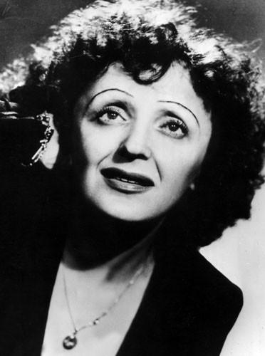 Un petit air d'Edith Piaf
