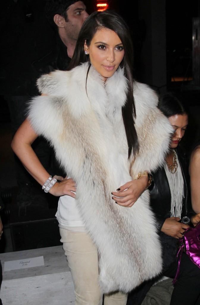 La fourrure, une seconde peau pour Miss Kardashian !